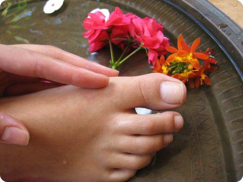 natural remedies to get rid of toenail fungus