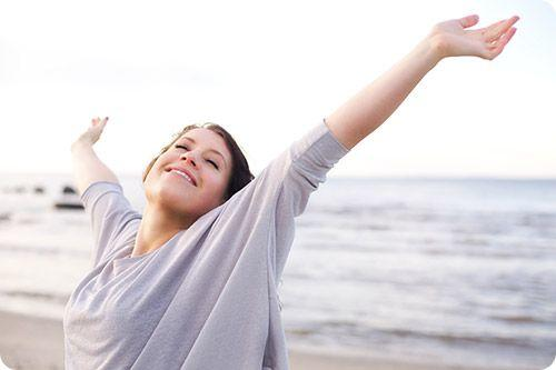 how to stop sweating underarms naturally